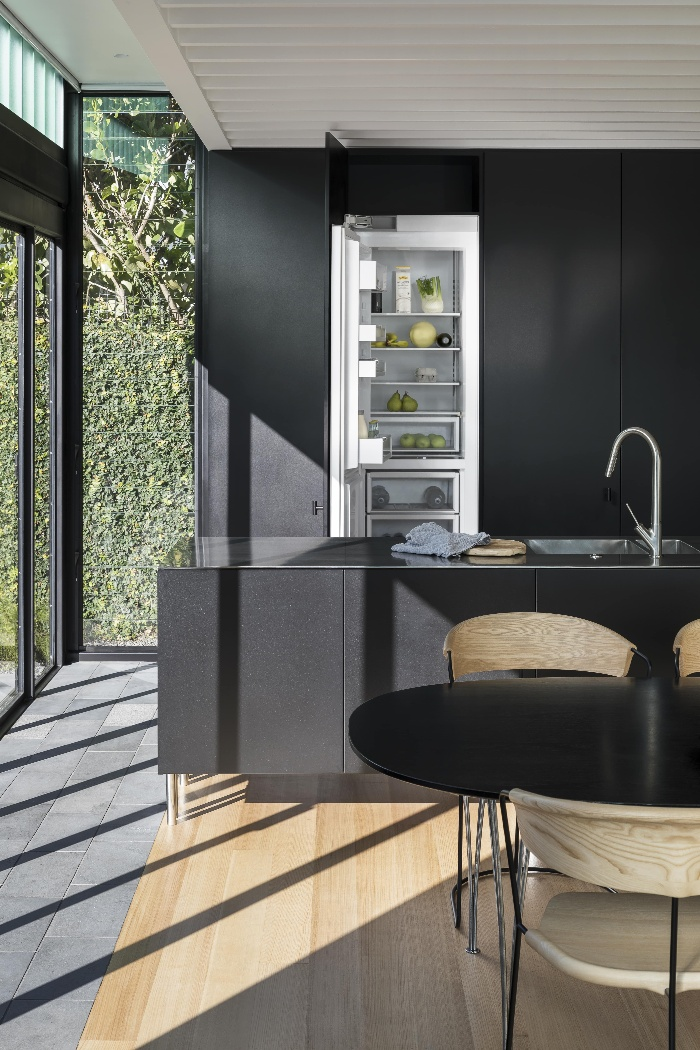 Gallery-of-Column-Refrigerators-and-Freezers-by-Fisher-Paykel-Local-Australian-Architecture-Design-Image-4-1