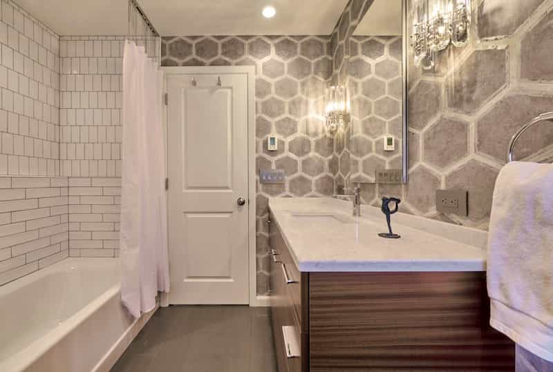 Cast iron tub in luxury bathroom - remodeler Seattle