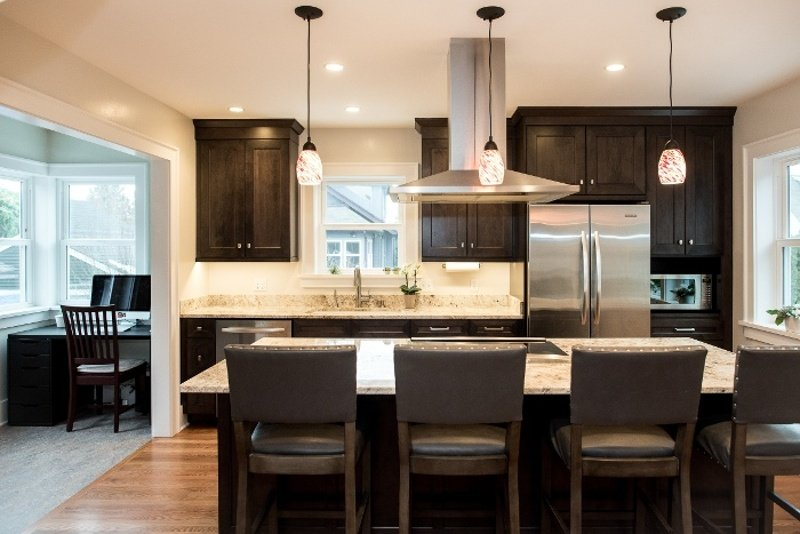 The 5 Main Types Of Kitchen Island Lighting