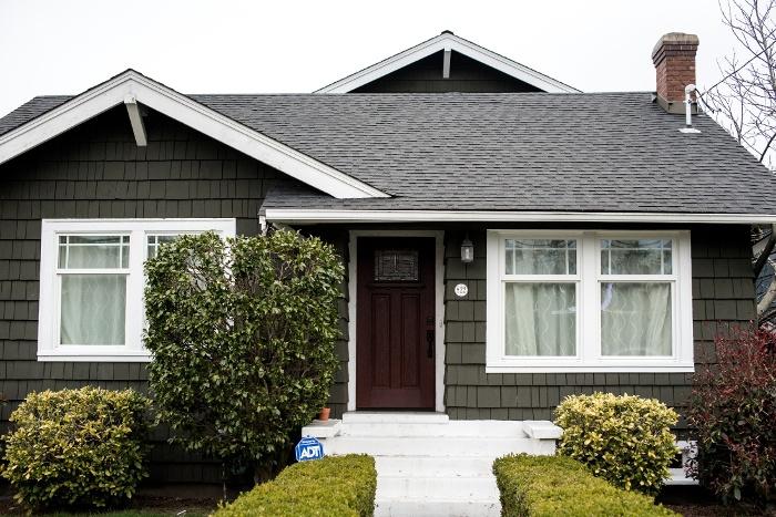 Maintenance checklist your home 39 s exterior - Exterior home maintenance checklist ...