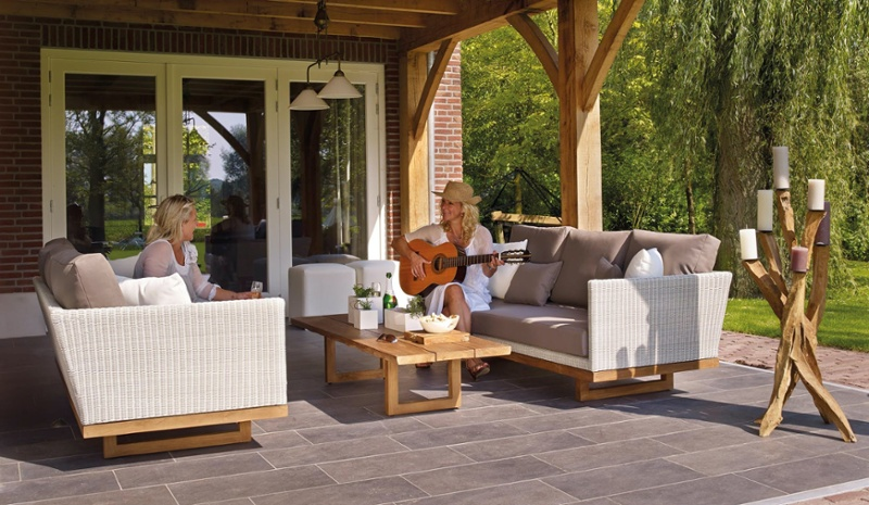 outdoor living space blog-1