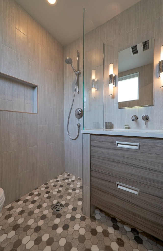 Remodeled Wet Bathroom in Modern Fremont Home